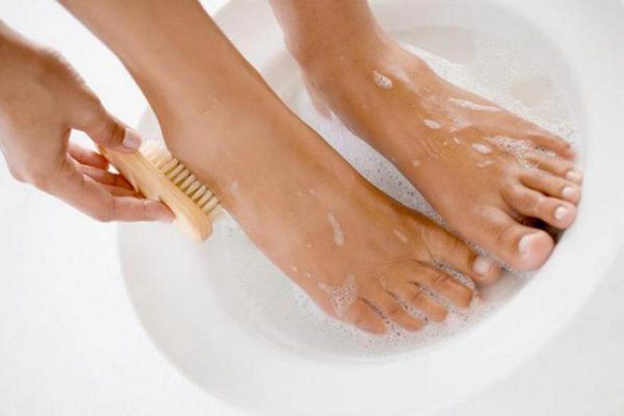 Отпаривание и чистка ног