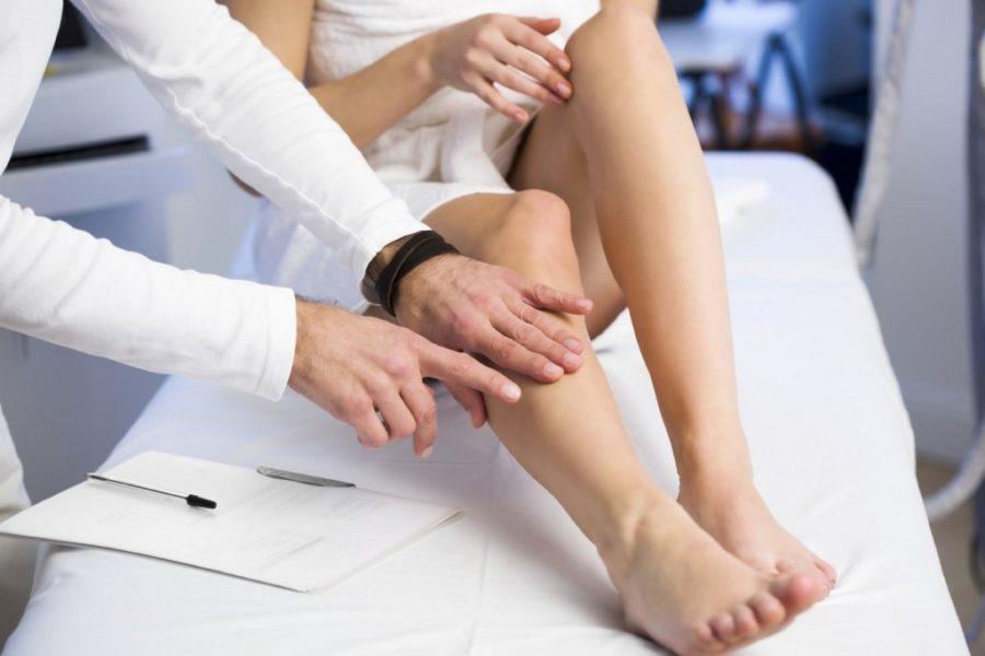 Грибок между пальцами ног. Лечение мазями. Недорогие препараты