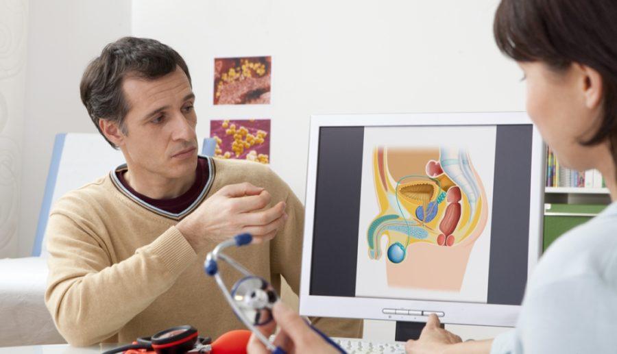Консультация мужчины с доктором