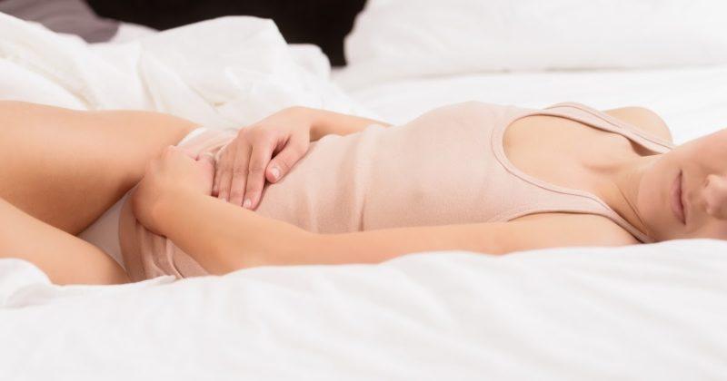 Причины и лечение молочницы перед менструацией