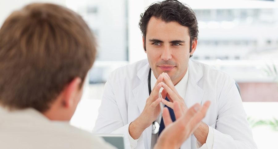 Какой врач лечит молочницу у мужчин?
