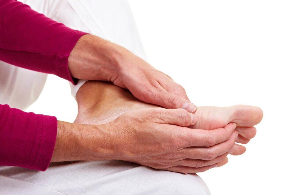 Лечение грибка ногтей солевым раствором