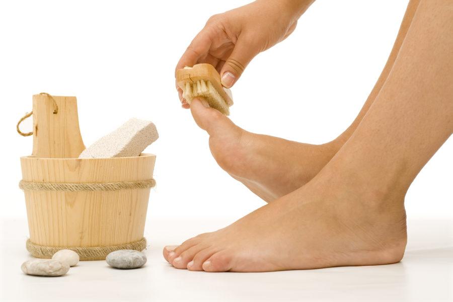 помогает ли перекись от грибка ногтей