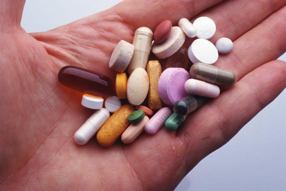 Как вылечить молочницу у мужчин в домашних условиях, чем лечить кандидоз: мази, крема, таблетки